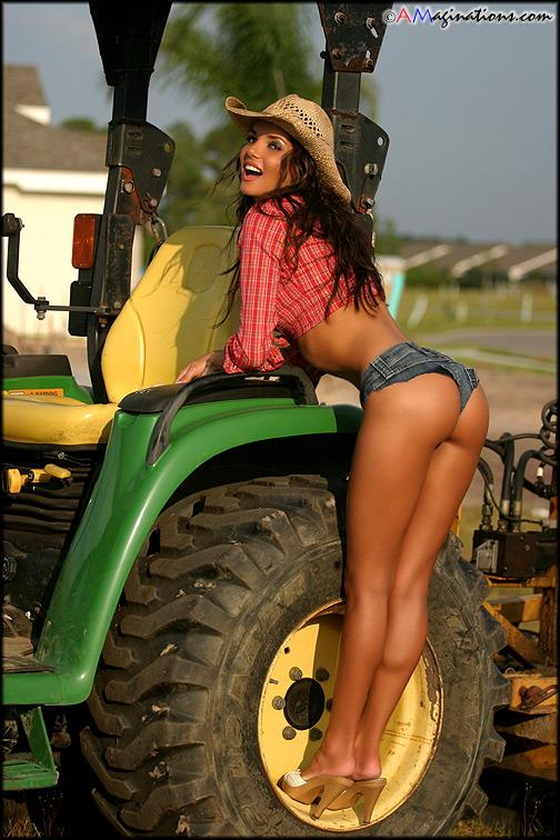 sexy farmgirls