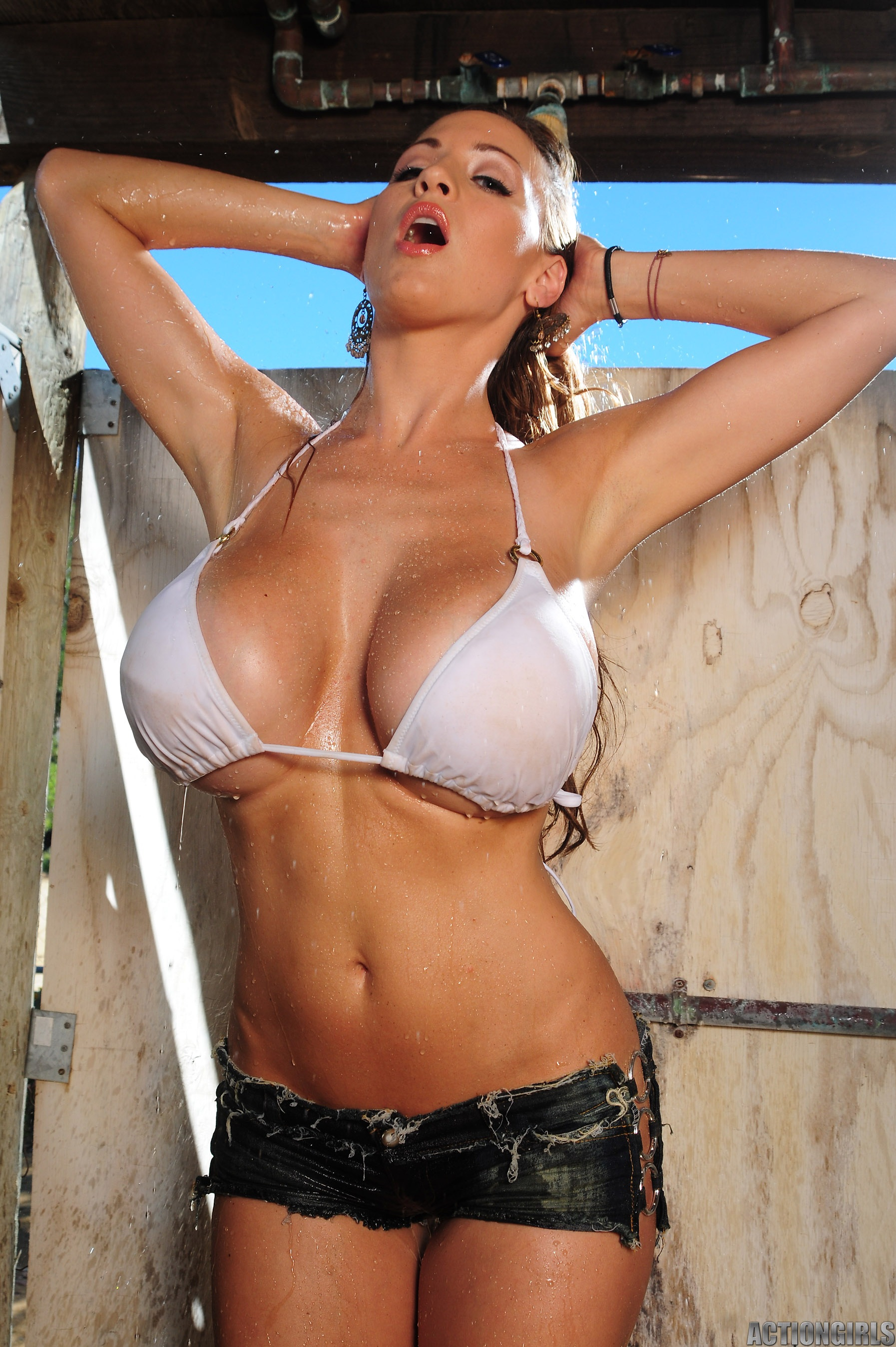 busty big boobs wet bikini triple d - GetaBikini.com USA