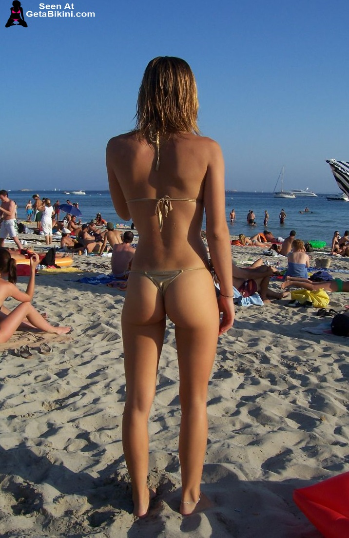 hidden bikini shots from behind on beach girls
