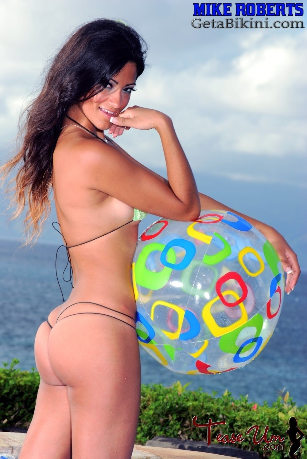 c hot sexy bikini thong buns young butts babes