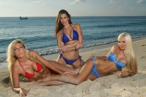a bikini beach girls menois 3 three models