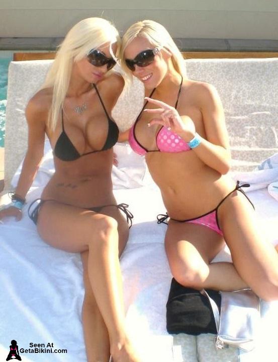 ukraine blonde nude girls