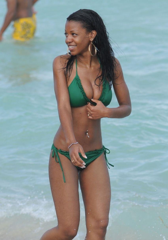 Black girls nude beach